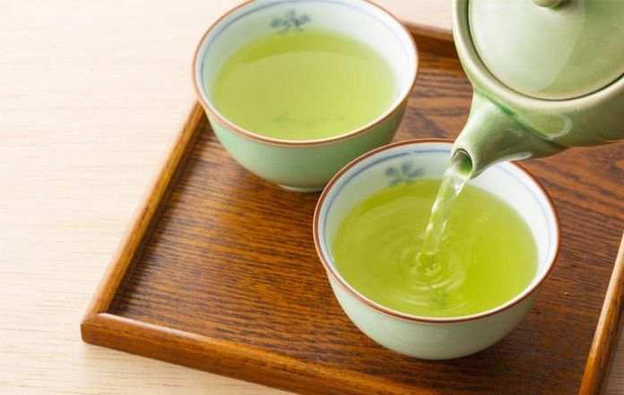 Drinking Green Tea is Good for Your Teeth and Gums