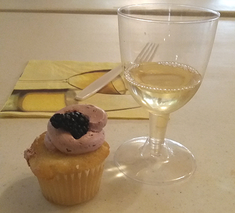 Alto Vineyards pairs up sweet drinks with sweet treats