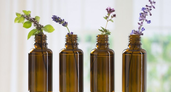 Essential oils to keep your teeth strong