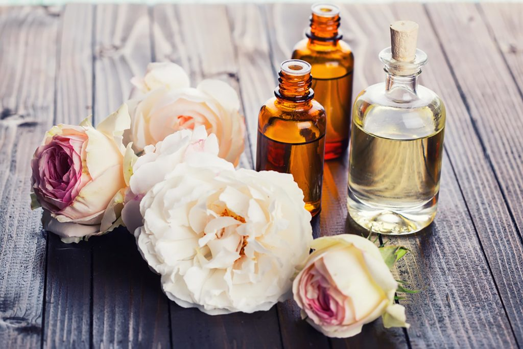 10 Mood-Lifting Essential Oils That Are Instant Pick-Me-Ups