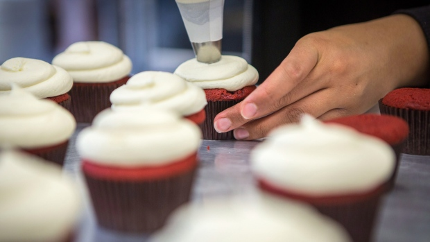Global vanilla prices squeeze margins for ice cream, cupcake makers