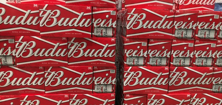 Big Beer struggles to tap into shifting consumer trends