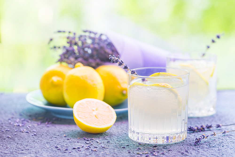 SCIENCE CONFIRMS that smelling LEMON/LAVENDER can make you feel slim & relaxed