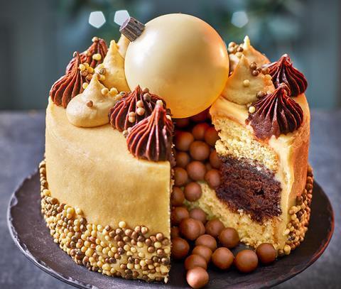Tesco_Finest_Chocolate_Orange_and_Maple_Bauble_Cake_300dpi