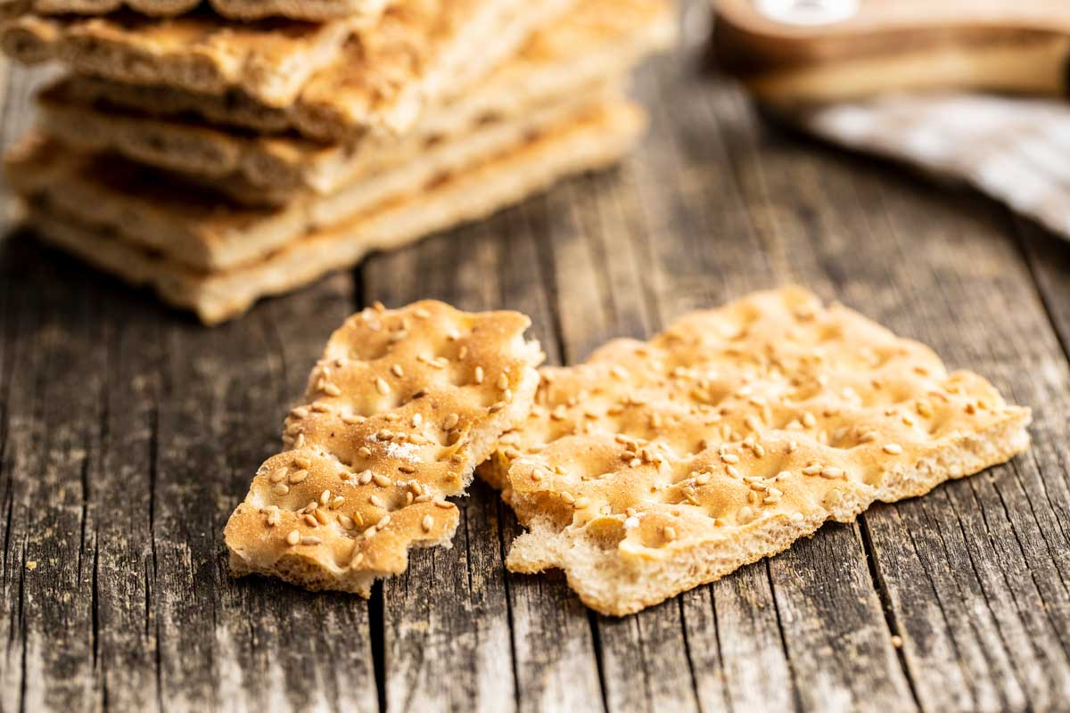 Crackers, Plant-based protein