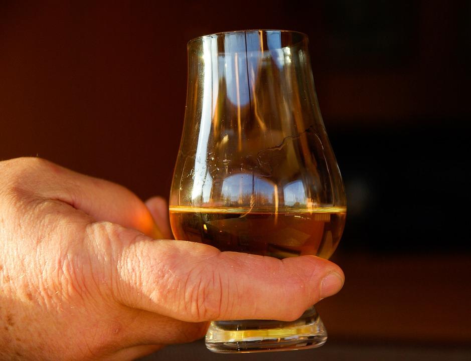 The Nosing Wheel | Whisky.com