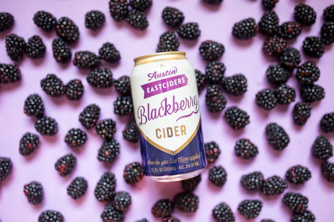 Hard seltzer rush continues with blackberry, prickly pear and mezcal drinks | Austin 360