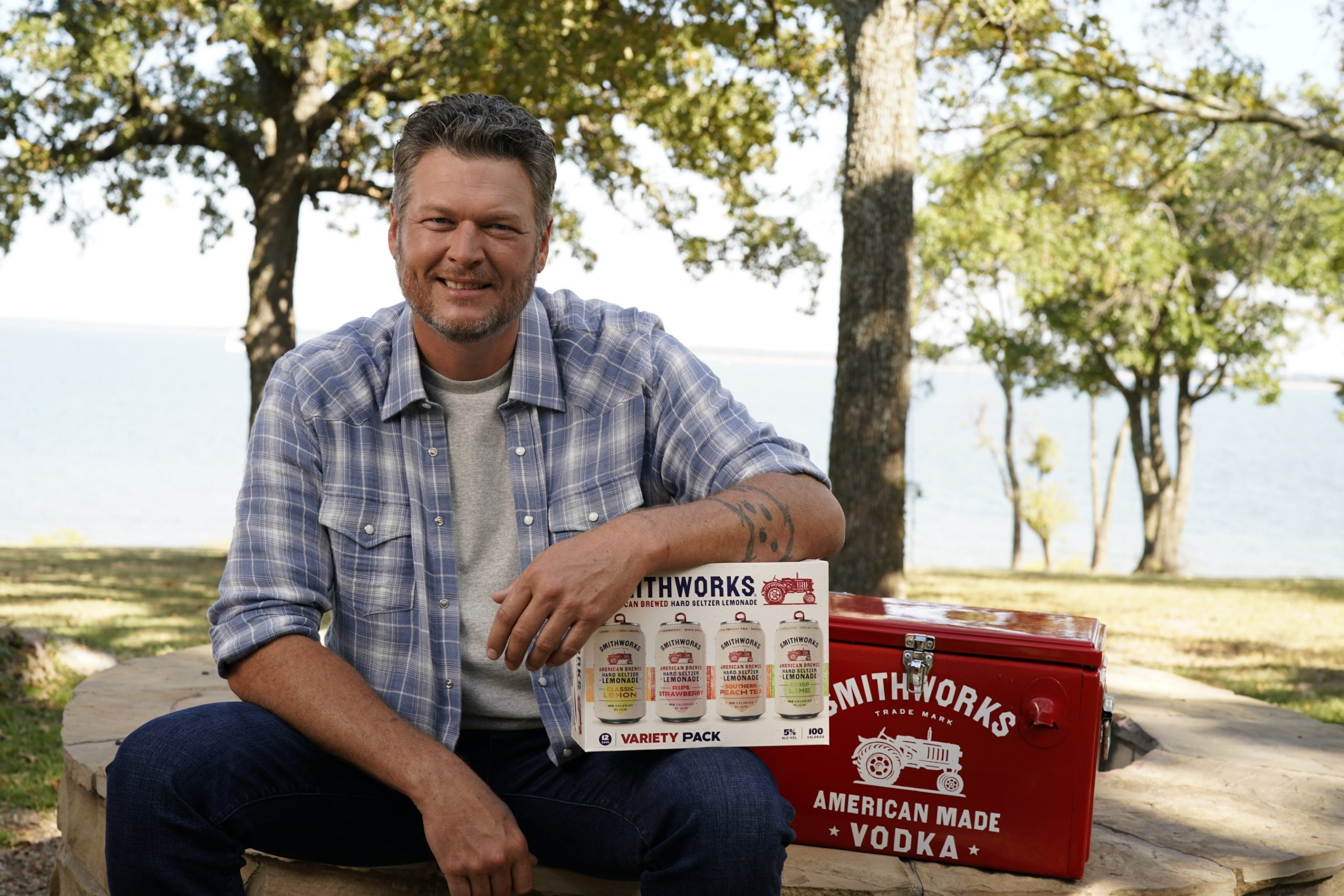 Smithworks® and Blake Shelton Launch a New Ready-To-Drink American-Brewed Hard Seltzer Lemonade | PR Newswire