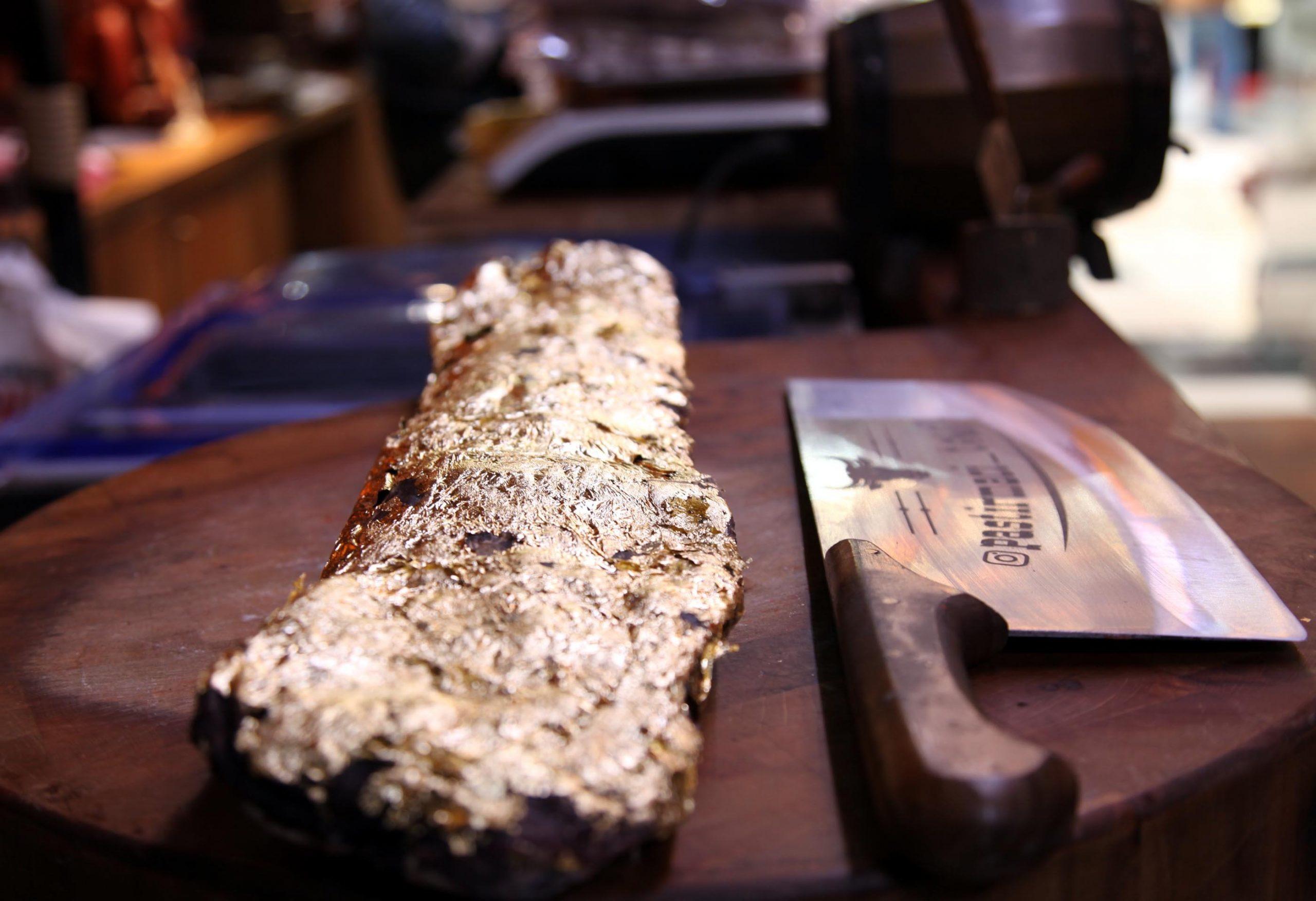 A kilogram of the golden pastırma sells for TL 800. (DHA Photo)
