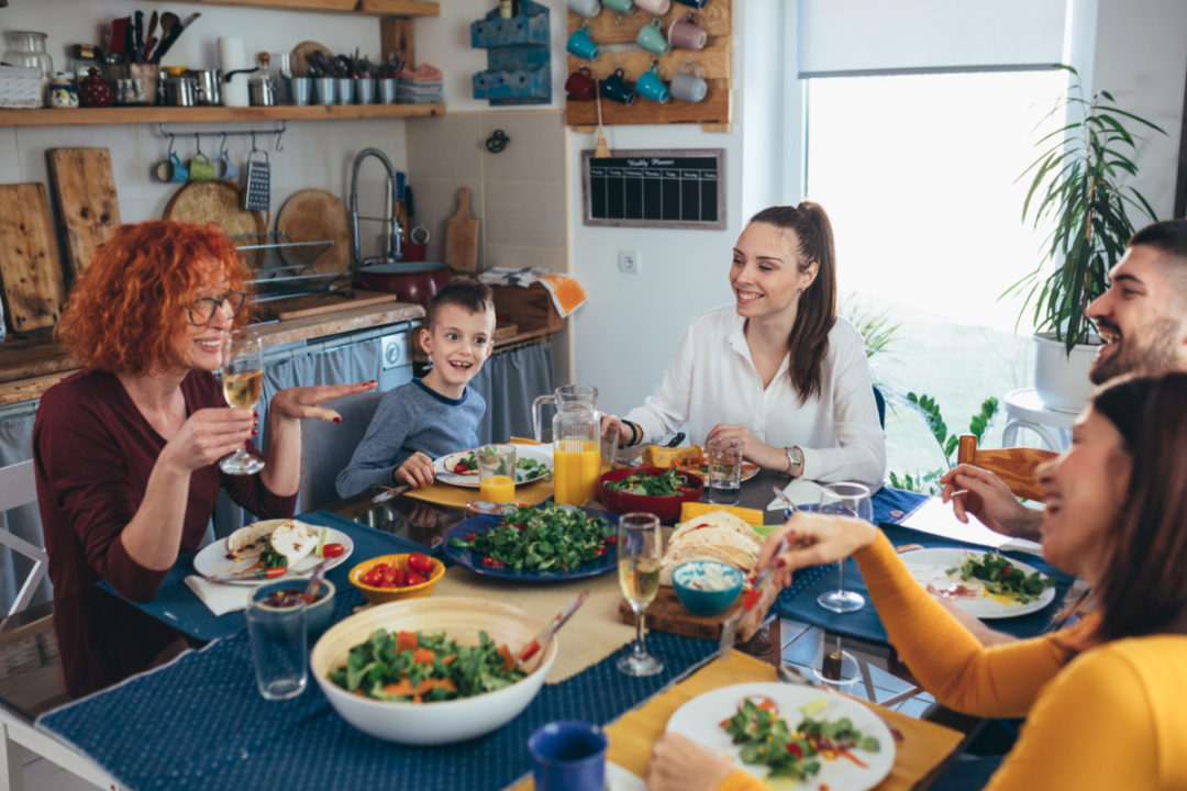 Majority of meals continue to be eaten at home during pandemic   Bakemag